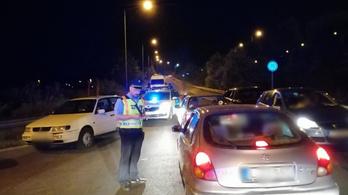 Illegális gyorsulási versenyek miatt razziáztak a rendőrök
