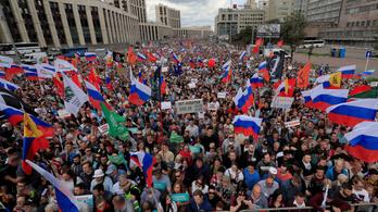 Több mint 20 ezren tüntettek Moszkvában a helyhatósági választások szabadságáért
