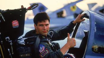Beszállt egy kínai cég az új Top Gunba, már is eltűnt a tajvani zászló Tom Cruise dzsekijéről