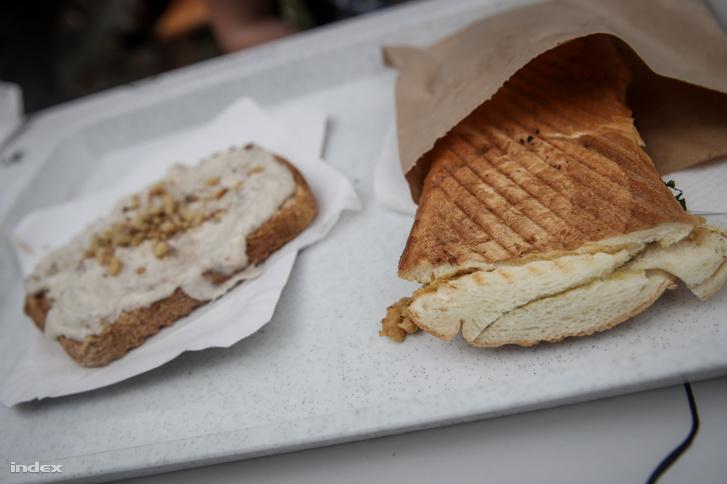 Diós sajtkrémes kenyér és veganese vasalt kenyér