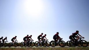 A hőhullámmal is meg kell küzdeni a Tour de France végén