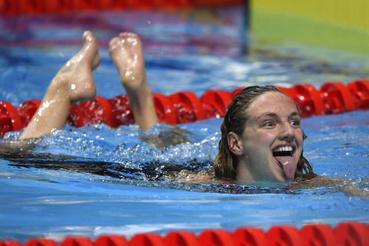 A győztes Hosszú Katinka a női 200 méteres vegyesúszás döntője után a 17. vizes világbajnokságon a Duna Arénában 2017. július 24-én