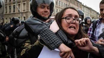 Hiába kért védelmet, meggyilkoltak egy orosz LMBT-aktivista nőt