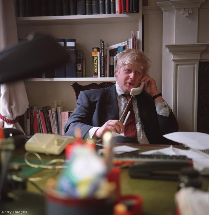 Boris Johnson a Telegraph újságírójaként 2000-ben
