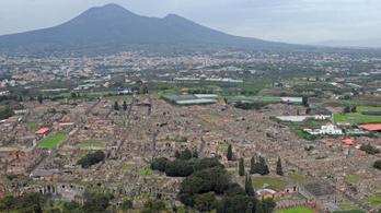 Robbanásig feszült a vulkanológusok és a régészek pompeji szembenállása
