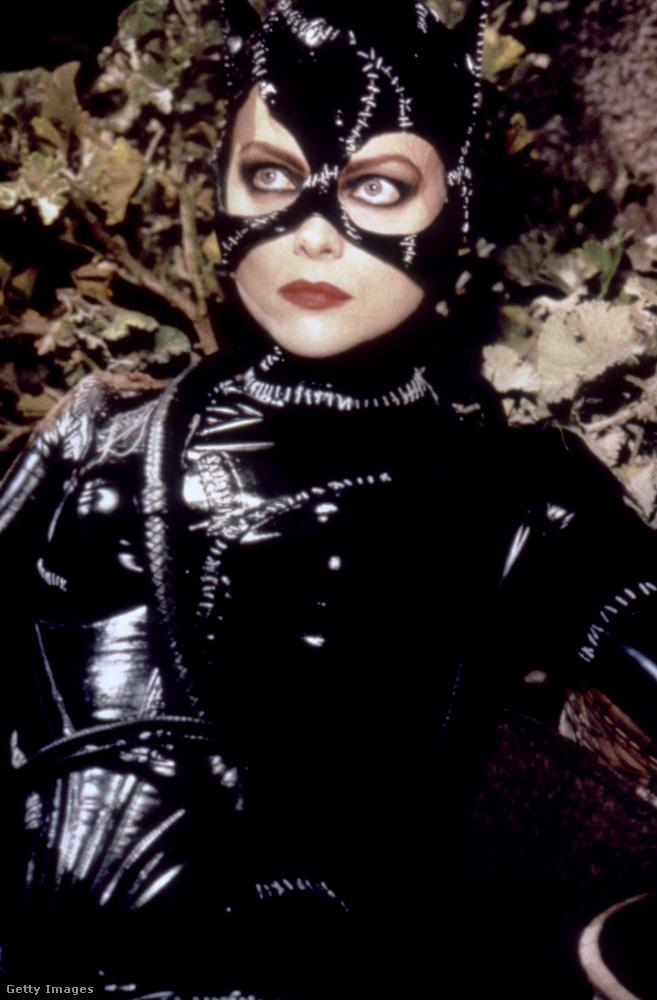 Az 1992-es Batman visszatér megvan még önnek? Akkor biztosan emlékszik Michelle Pfeifferre is belőle, aki a Macskanő bőrébe bújt