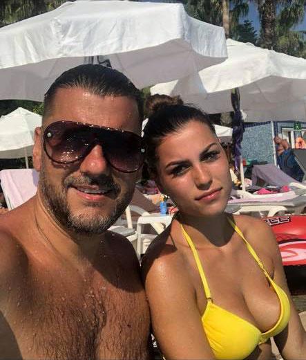 Kökény Attila és gyönyörű lánya, Aranka Törökországban nyaraltak, természetesen a közös szelfi sem maradhatott ki.