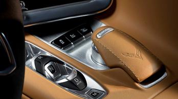 A vásárlók miatt nem lesz manuális váltó a Corvette C8-ban