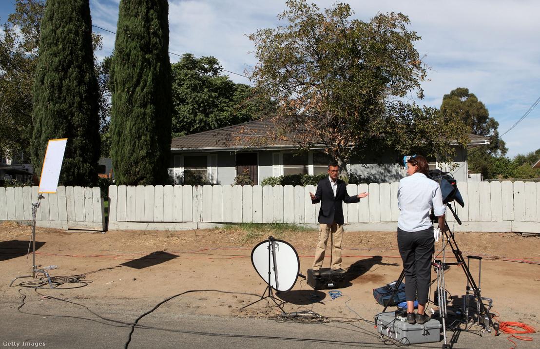 Korabeli élő közvetítés Phillip Garrido háza elől Antioch, Kaliforniában 2009. augusztus 28-án