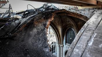A hőhullám miatt beomolhat a Notre-Dame boltozata