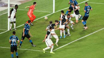 Gyorsan meglett az első öngólja a Juventus 75 millió eurós igazolásának