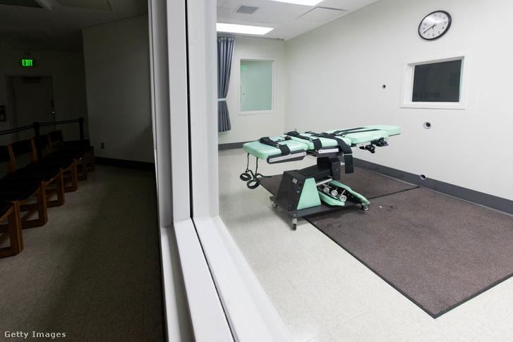 Kivégzőszoba a kaliforniai San Quentin börtönben