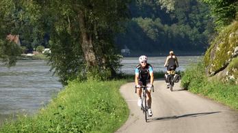 Passautól Pozsonyig, két keréken a Duna mentén
