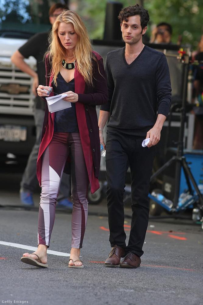 Blake Lively ésPenn Badgley(A pletykafészek)Kezdetben mindenki számára egyértelmű volt, hogy a két színész között forr a levegő