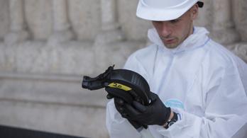 Felfüggesztették a Notre-Dame felújítását