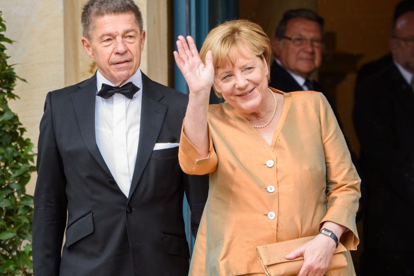 Ő Angela Merkel ritkán látott férje, Joachim Sauer.