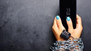 Mit akarunk kompenzálni a túlzott mobilhasználattal? -  Függőségek és a mögöttük lévő indokok
