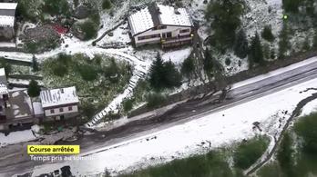 Óriási jégeső miatt félbeszakították a Tour de France királyetapját