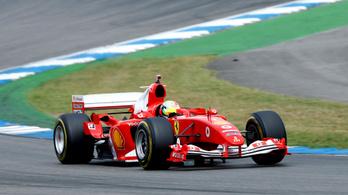 Mick Schumacher sem akarta elhinni, hogy apja világbajnok kocsijával mehetett