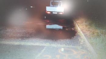 Agyonnyomott egy teherautó egy földön fekvő férfit