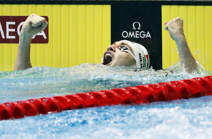 Milák Kristóf, miután óriási világcsúccsal lett aranyérmes a 200 méteres férfi pillangóuszás döntőjében a 18. vizes világbajnokságon a dél-koreai Kvangdzsuban 2019. július 24-én.