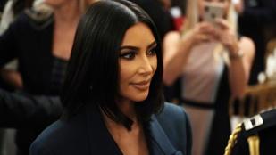Kim Kardashian elítéltekkel szelfizett a börtönben