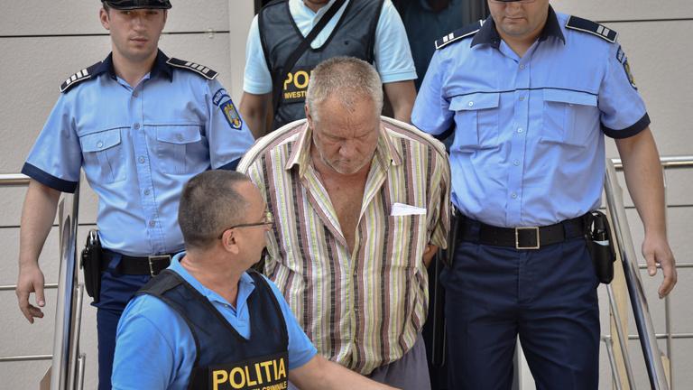 Hiába érte el a rendőröket, nem mentették meg az elrabolt tinilányt