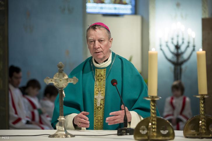 Beer Miklós váci megyés püspök