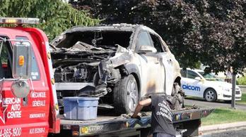 Robbant a villanyautó, kiégett a garázs
