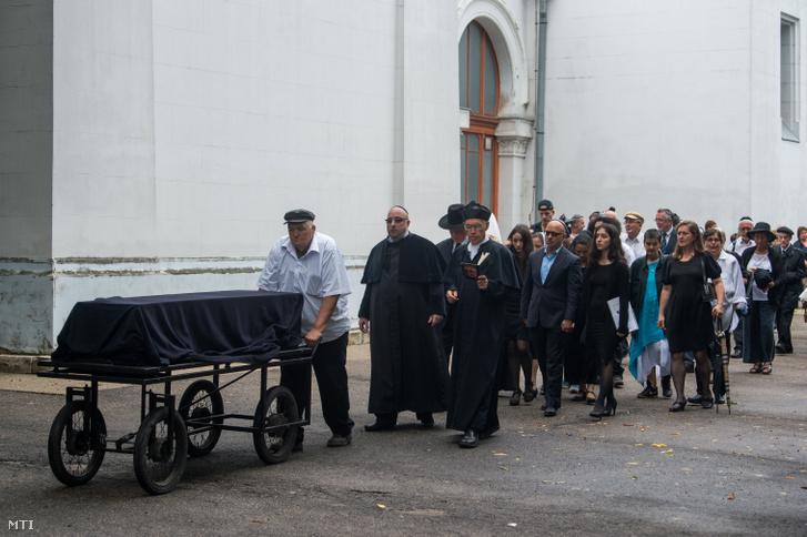 Heller Ágnes temetése a budapesti Kozma utcai izraelita temetőben 2019. július 29-én