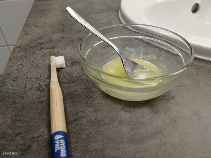 Műanyagmentes házi fogkrém és bambuszfogkefe