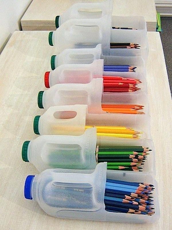 easy-upcycling-ideas-for-school-plastic-bottles-diy-clothes-pint