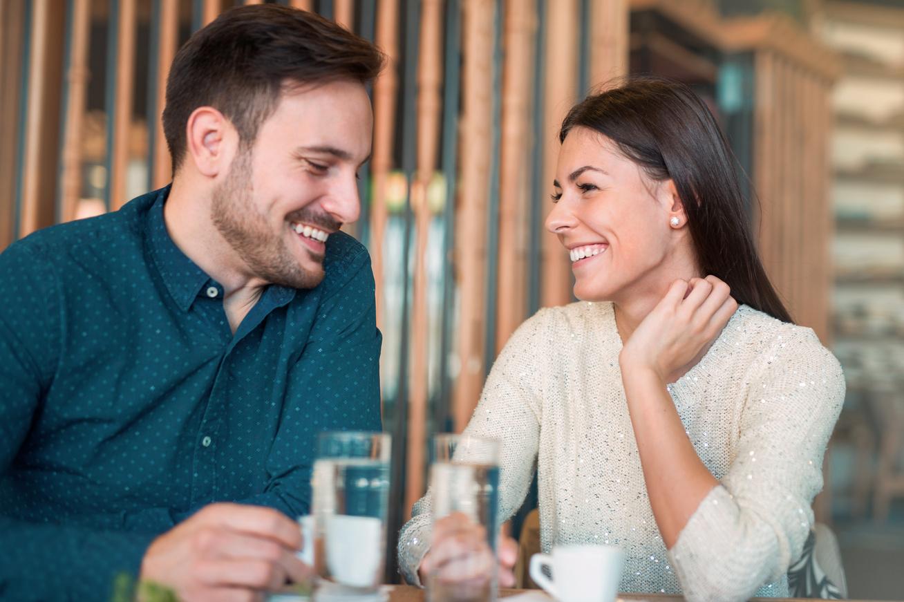 Hosszú távú kapcsolatok randevúk
