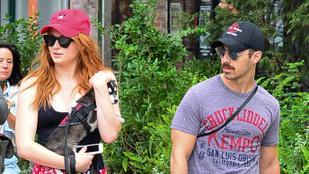 Szomorú apropóból varratott közös tetkót Sophie Turner és Joe Jonas