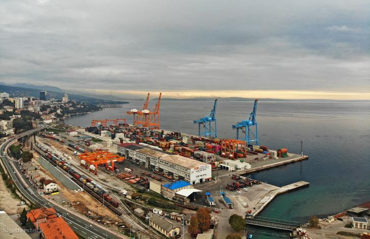 A horvát Fiume kikötő