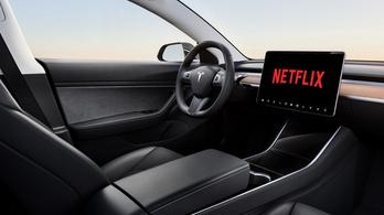 Jön a Youtube és a Netflix a Teslákba
