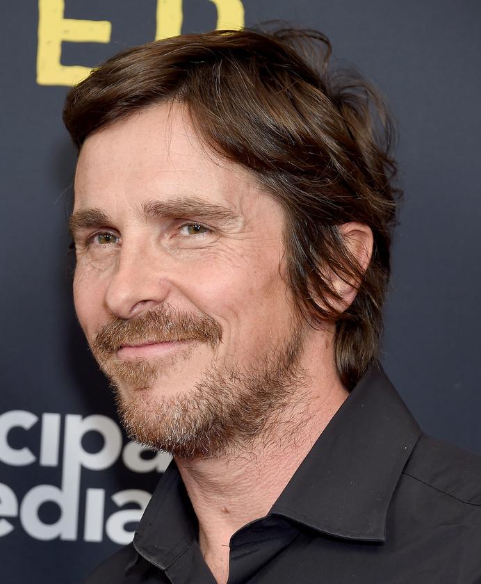 Christian BaleA színész köztudottan úgy formálja a testét szerepei kedvéért, mintha gyurmából volna
