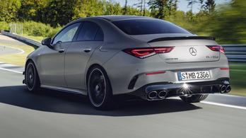 Elhalkulnak a sportos Mercedesek