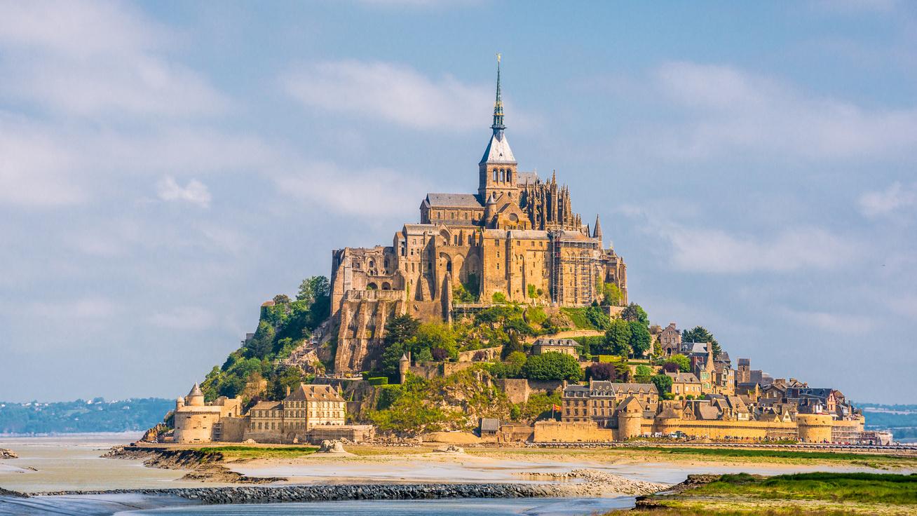 Mont Saint-Michel, Rapunzel, Aranyhaj és a nagy gubanc