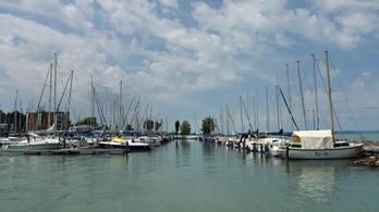 Óriási kikötőt terveznek a siófoki Ezüstpartra