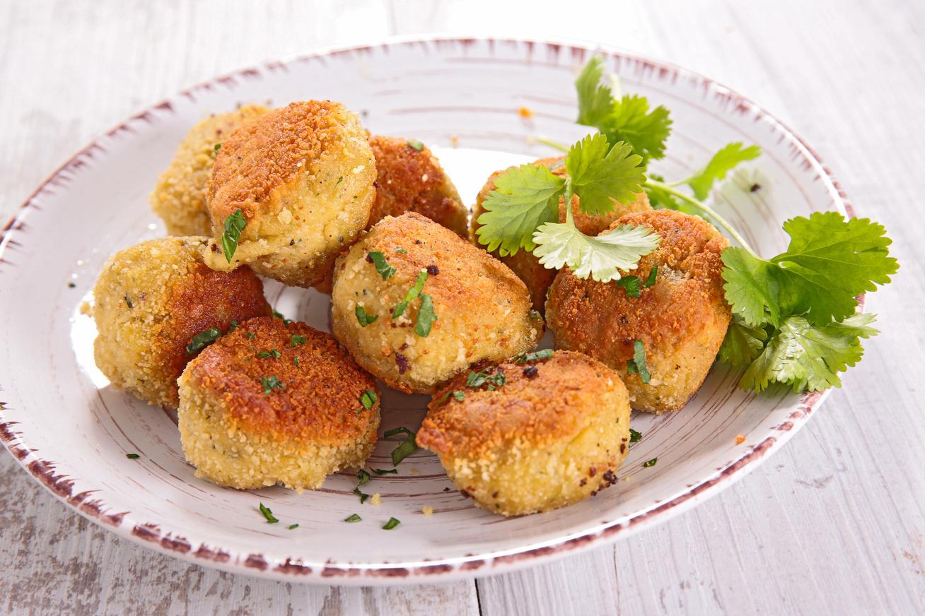 sajtos-cukkinigolyo
