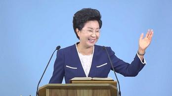 Hat év börtönre ítélték a követőit rendszeresen kínzó dél-koreai szektavezért