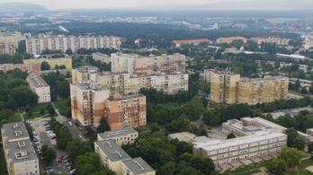 A megye egyik legnagyobb városa lenne, ha kiszakadna Veszprémből