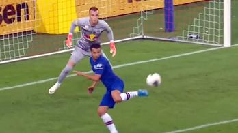 Ritka szép sarkazós gólt mutatott be a Chelsea spanyol sztárja