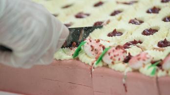 A Boldogasszony csipkéje lett az ország tortája