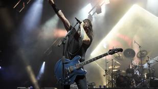 A Foo Fighters zenekar legót kért a Szigetes öltözőjükbe