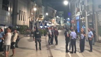 Megsérült egy Honvéd-drukker, amikor összeverekedtek a román szurkolókkal