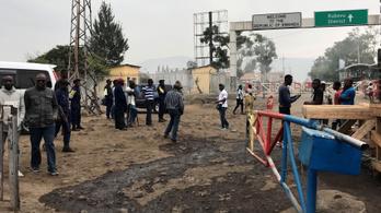 Ruanda lezárta a kongói határt a közelítő ebola miatt