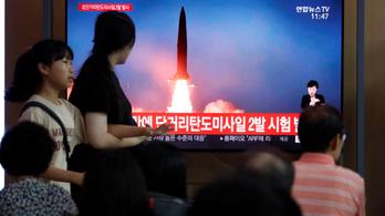 Újfajta rakétát próbált ki Észak-Korea