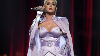 Katy Perrynek félmillió dollárt kell fizetnie, amiért koppintotta egyik slágerét
